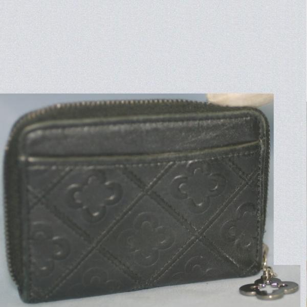 marieclaire女性用黒い10x7,5㎝ラウンドファスナー小銭入れ美品_画像1