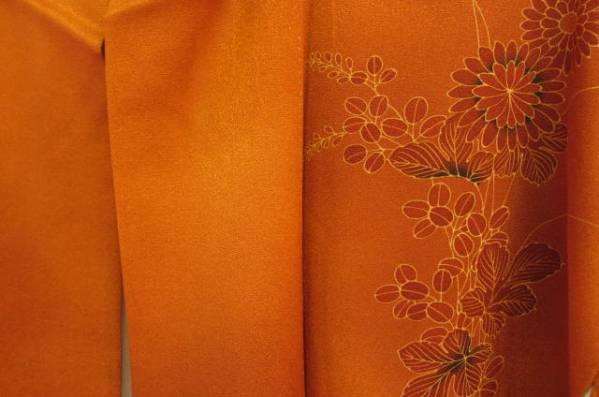 付け下げ着物 正絹 弁柄色に秋草模様_画像2