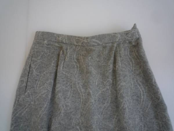 【お得!!】◆台形スカート◆ グレー 総柄 膝丈_画像3