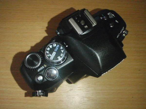 O001-E410-1 デジタル一眼カメラ ボディー本体 E-410(故障品)_画像3