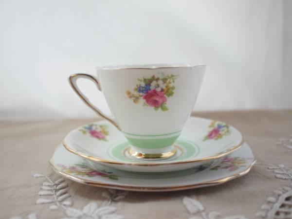 ラスト1セット!【イギリス】Royal Stafford(スタフォード)花柄トリオ④_画像2