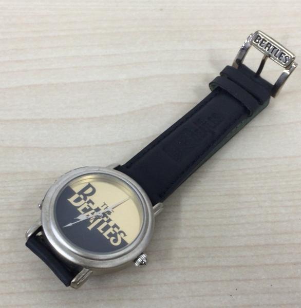 127 THE BEATLES ビートルズ 腕時計 木製ケース付