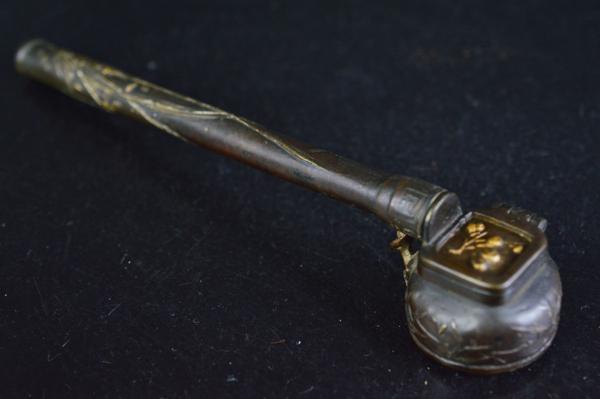【雲】古銅製 太湖石花霊芝竹盛上鍍金彫刻 矢立在銘 書道具中国美術B871