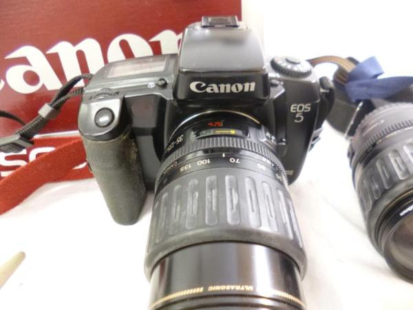 CANON キャノン EOS5QD EF 35-135mm F4-5.6 レンズ2本 フラッシュ 430EZ ハードケースまとめてジャンク_画像2