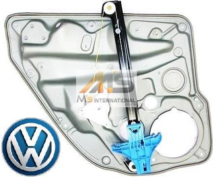 【M's】VW ゴルフ4(1J)純正品 右後 ウィンドーレギュレーター_画像1