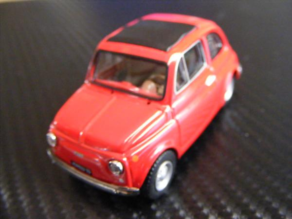■ FIAT 500 RED フィアット500 キャンパスルーフ仕様 ノレブ製 スケール1/43 ダイキャストモデルカー!_画像5