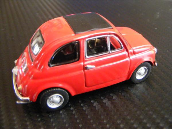 ■ FIAT 500 RED フィアット500 キャンパスルーフ仕様 ノレブ製 スケール1/43 ダイキャストモデルカー!_画像3