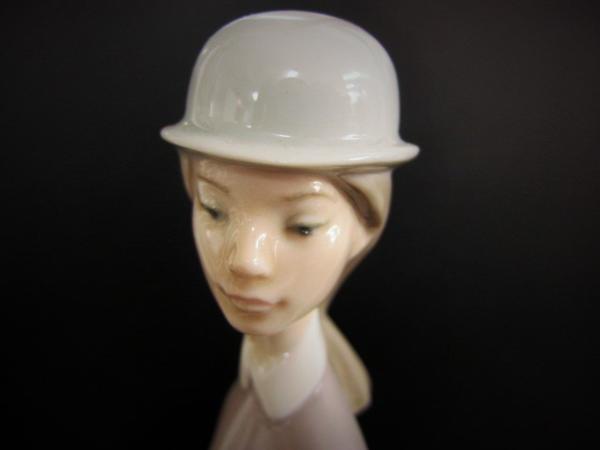 【W】●リヤドロ●陶器人形 乙女シリーズ 白い馬の少女 置物_画像2