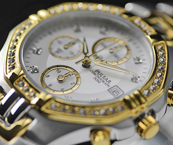 豪華スワロフスキー満載 1円×2本セイコー逆輸入PULSAR 50m防水 男性用 クロノグラフ 希少な日本未発売モデル 腕時計 新品未使用 SEIKO_品質で選べば世界のセイコーPULSAR