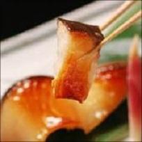 人気の高級魚!『銀だらの味噌漬』 この美味さは はまります!厚切り5切入( 税込)_焼き立て、アツアツを召しあがれ!マイウ~