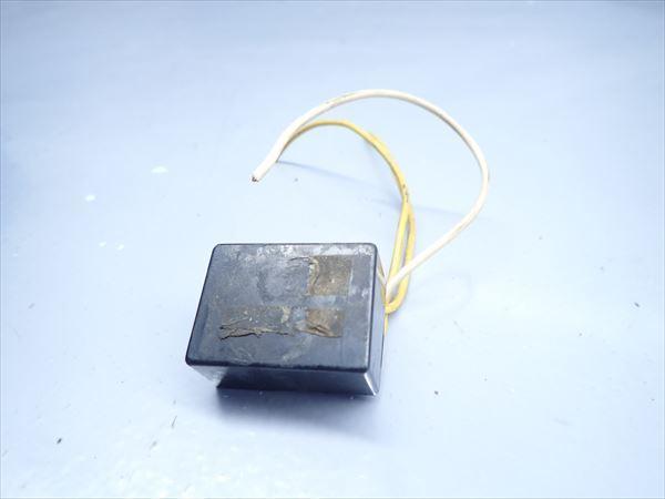 βK6 カワサキ KSR-2 MX080B (H10年式) 純正 リレー その他 1点 断線有り!動作正常!_画像1