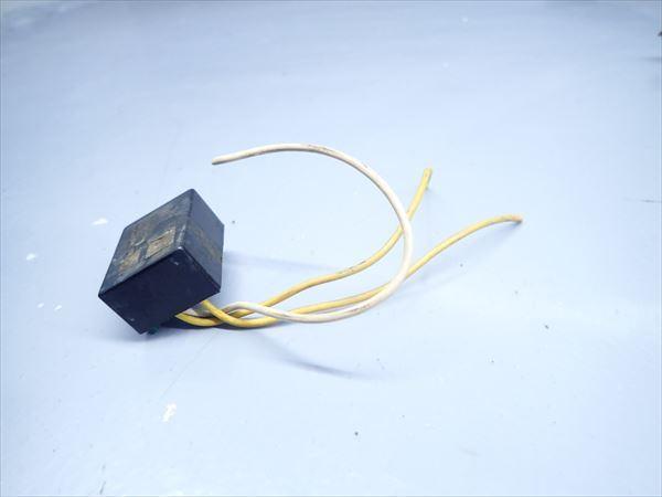 βK6 カワサキ KSR-2 MX080B (H10年式) 純正 リレー その他 1点 断線有り!動作正常!_画像2