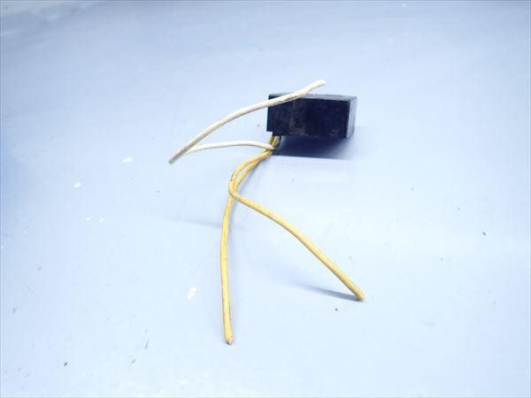 βK6 カワサキ KSR-2 MX080B (H10年式) 純正 リレー その他 1点 断線有り!動作正常!_画像3