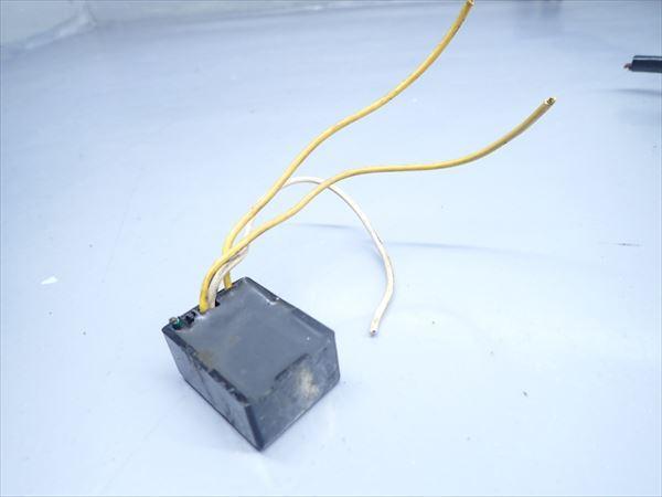 βK6 カワサキ KSR-2 MX080B (H10年式) 純正 リレー その他 1点 断線有り!動作正常!_画像6