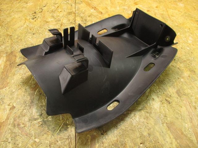 ドゥカティ ST4S 純正 リアインナーフェンダー 割れ無し 検 ST2 ST3 M900 SS900♪_画像2