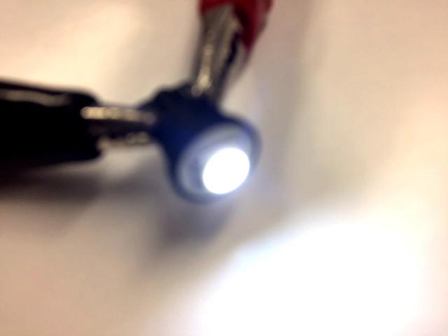 ●24V車対応◆T10LEDウェッジ2個セット SMD球クリアホワイト 白 超拡散LED ポジションランプ 室内灯など 送料激安_画像2