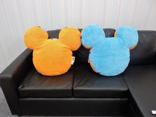 ◇ミッキーシルエットクッション②◇ 座布団 ディズニー オレンジ 水色 ♪送料無料♪ ディズニーグッズの画像