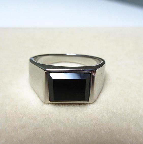 新品 四角形 ブラックストーン ビジネス ステンレス 指輪リング_画像2
