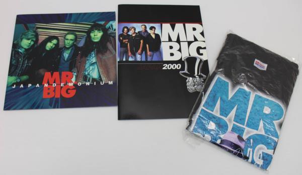 美品 未使用品 MR.BIG JAPAN TOUR'96 Tシャツ L JAPAN TOUR パンフレット 1994 2000 2冊付き