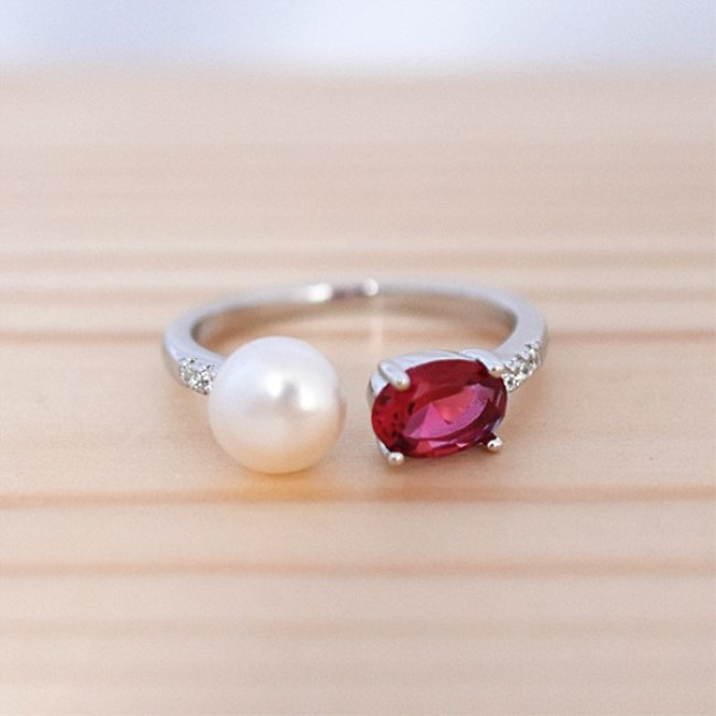 新品 フリーサイズ 7月誕生石 淡水真珠 キュービックジルコニア 指輪 リング _画像2