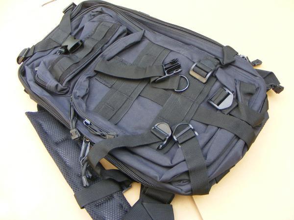 ■ 完全処分価格!サバゲ- US BLACK ブラック仕様 Assault BAG アサルトバックPAK 新品未使用品!_画像4