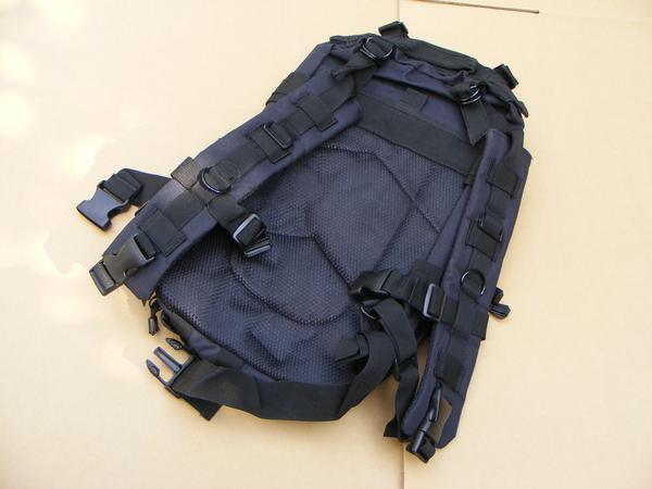 ■ 完全処分価格!サバゲ- US BLACK ブラック仕様 Assault BAG アサルトバックPAK 新品未使用品!_画像3