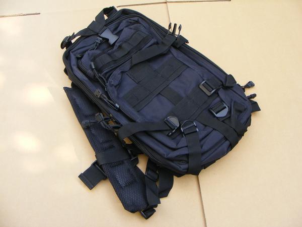 ■ 完全処分価格!サバゲ- US BLACK ブラック仕様 Assault BAG アサルトバックPAK 新品未使用品!_画像2