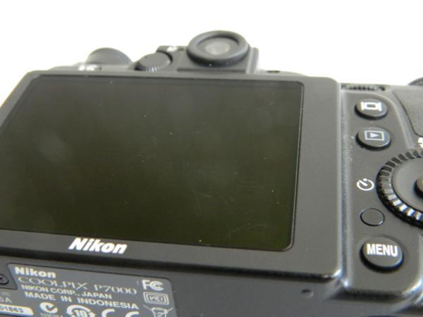 動作品 Nikon ニコン デジタルカメラ COOLPIX P7000 10.1メガピクセル 光学7.0倍 ブラック 付属有り 中古 即決 リサイクルマート半田店_画像5
