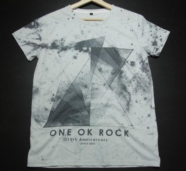 美品 ONE OK ROCK 10th anniversary since2005 ワンオクロック 半袖 記念Tシャツ L 白 メンズ