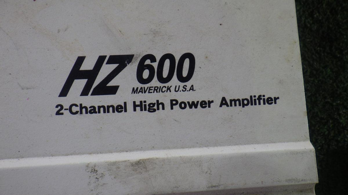 ◎MAVERICK マーヴェリック パワーアンプ HZ600 ジャンク_画像3