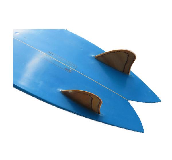 【中古】NEVサーフボード 5'10(178cm)Fish/TWINウッドキールFIN_画像4