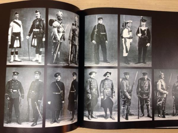 洋書 制服 軍服/Brassey's Book of Uniforms/CGC1407_画像4