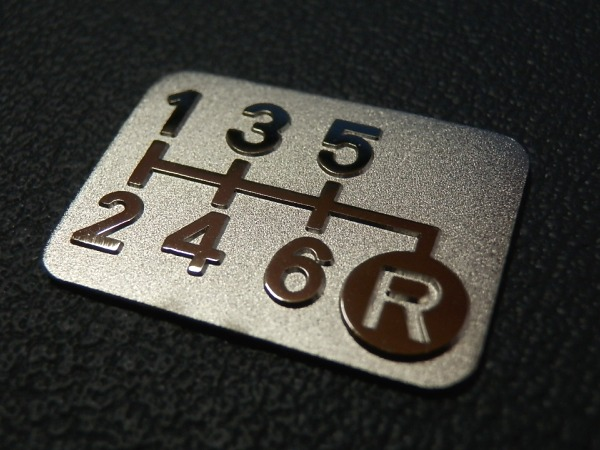 Tuningfan メッキ 6速MT シフトパターン プレート 右下R リバース リフト 6MT マニュアル VAB JW5 BNR34 Z34 Z33 FK7 3Dプレス成型 日本製_メッキ6MTシフトパターン右下R c