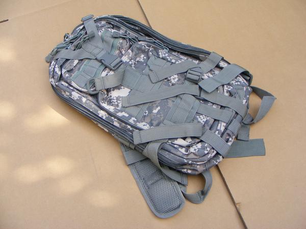 ■ 完全在庫処分価格!サバゲ-US BDU Assault BAG アサルトバックPAK A 迷彩仕様 新品未使用品!_画像8