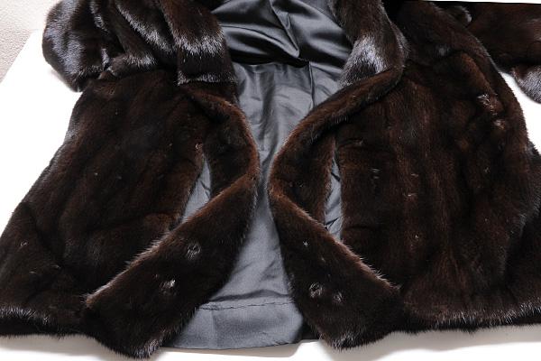 サガ ミンク ゴールド コート 黒 Fサイズ 中古 送料無料 【j82】 SAGA MINK GOLD BLACK ブラック_裾の切込み