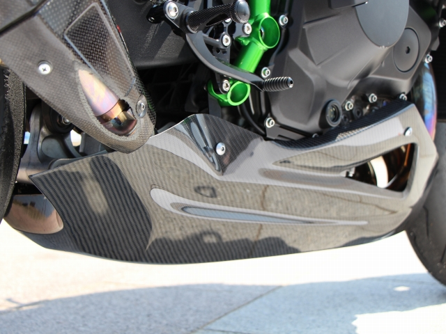 Ninja H2/Ninja H2R用Garage414オリジナルレーシングアンダーカウル/綾織りカーボン!2015/2016_画像3