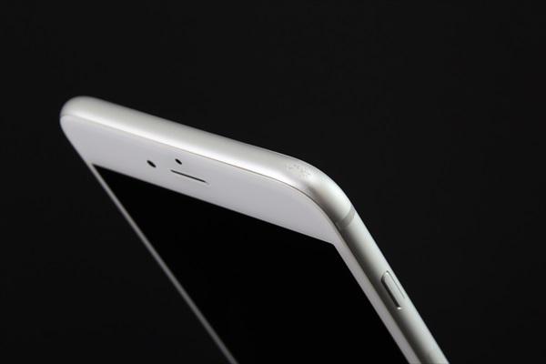 【送料無料】iPhone6 Plus 16GB シルバー■SoftBank★Joshin1834_画像8