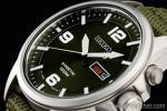 1円 セイコー 海外 SEIKO キネティック 世界特許 ミリタリー グリーン 裏スケ 腕時計
