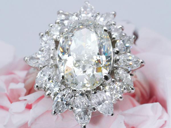 [ボーナス1円]3180万『超大粒3.030ct/豪華脇石1.480ct』G/SI2天然ダイヤモンドリング Pt9