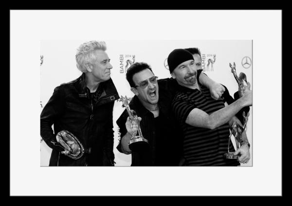 BW:人気ロックバンド!ユートゥー/U2/モノクロ写真フレーム-4