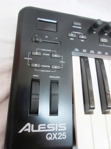 □ALESIS アレシス USB/MIDIコントローラー キーボード□/B_画像2