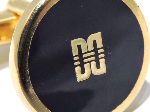美品 DAKS ダックス◆ゴールドカラー×ブラック系 ロゴ カフス▼メンズ アクセサリー 金GP_画像3