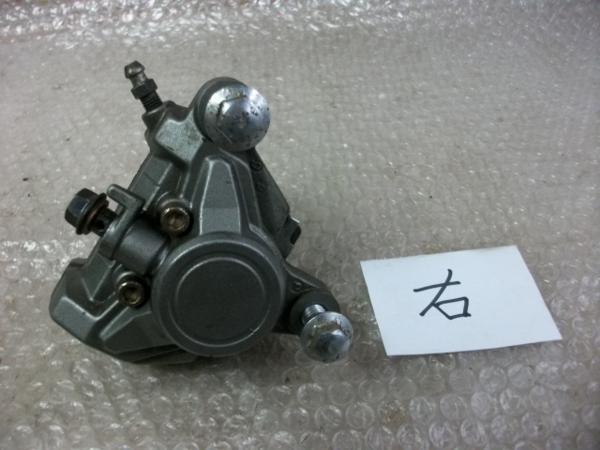 【BST】★ヤマハ SRX600 1JK 純正 右 ブレーキキャリパー