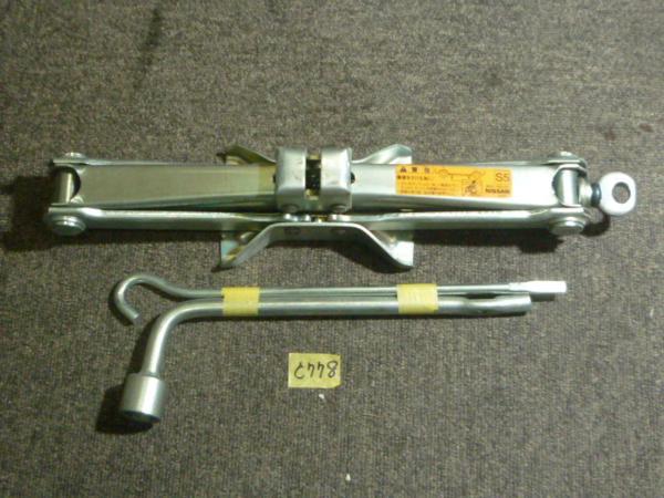 C778 H15年 後期 シーマ GF50 日産純正 車載工具一式_画像1