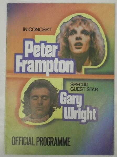 BOOK/PETER FRAMPTON/GARY WRIGHT/ IN CONCERT 1976 (d959)