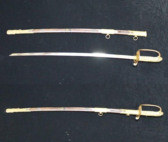 日本海軍 お金持ちの鮫革鞘指揮刀サーベル 1105M7r_画像2