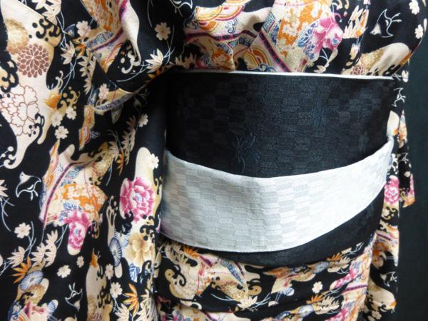 ☆オリジナル製レトロ木綿着物(ゆかた)+帯セット現品限り④_黒ベースでも暗い感じにはなりません