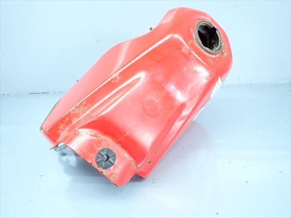 εC30-5 ホンダ CRM50-1 AD10 (S63年式) 燃料タンク フューエルタンク 右側少し凹み有り!漏れ無し!内錆大!_画像2