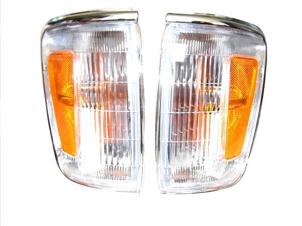 送料無料 トヨタ ハイラックス ピックアップ コーナーランプ 4WD YN100 YN105 LN100 LN106 前期 ウィンカー USアンバーリフレクター仕様