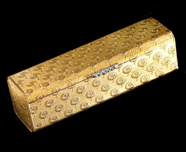 E4204 稀少!【BOUCHERON】ブシュロン 絶品ダイヤモンド5pcs 最高級18金無垢マルチケース 重さ60.8g 横幅92.1×高さ25.6mm